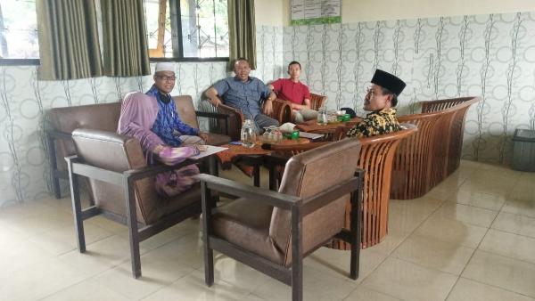 Kunjungan Bapak Sekretaris Dikbud NTB Ke SMAN 1 Pringgarata Terkait Pembelajaran Daring di Masa Darurat Penyebaran Covid-19