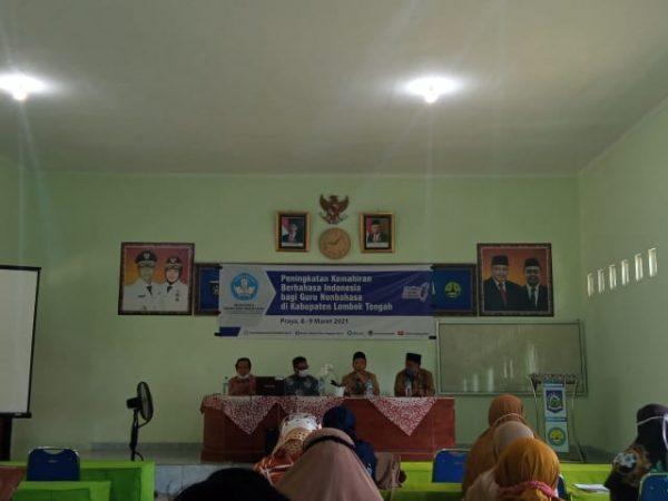 Pelatihan Mahir Berbahasa Indonesia